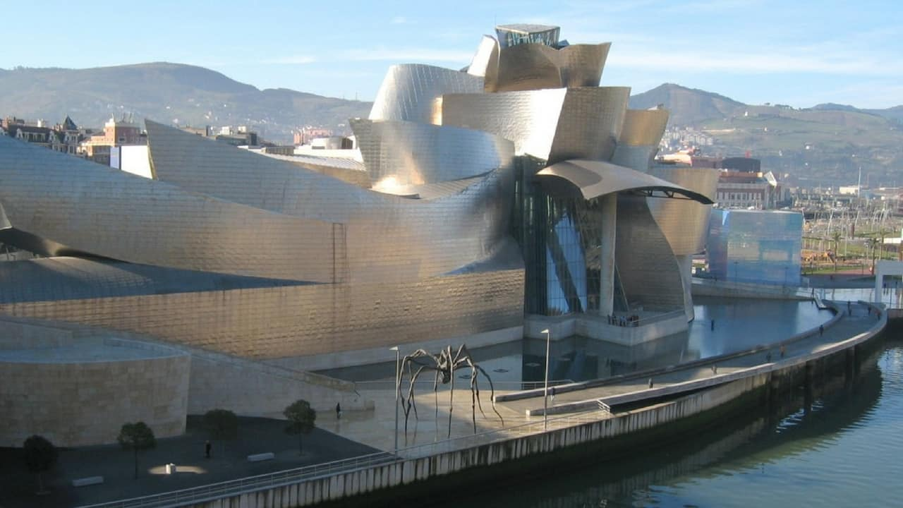 Guggenheim-Bilbao-Dan Brown Origin