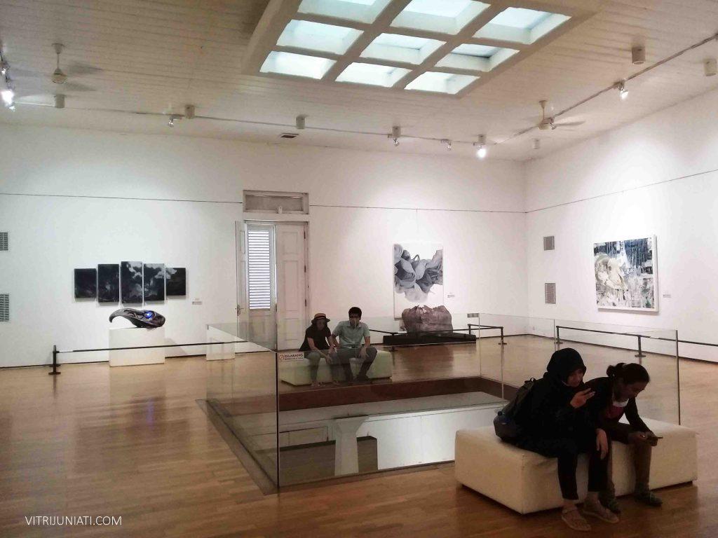 Ruangan di Semarang Gallery. Salah satu lokasi yang bisa menjadi tujuan ketika berkunjung ke Kota Lama Semarang.